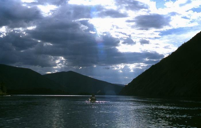 th_Hiro paddling in sun's ray.jpg