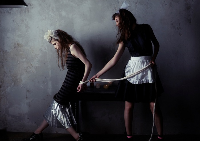 th_girls' forbidden play04.jpg